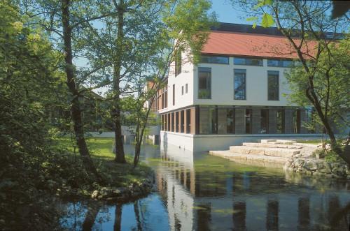Kulturzentrum Seidlmühle vom Eisbach